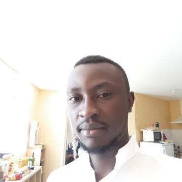 jeune homme black celibataire de nantes